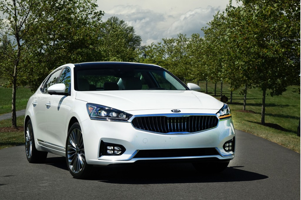 2017 Kia Cadenza first drive: Moving up