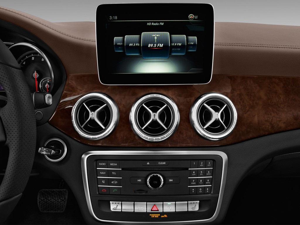 Image 2017 mercedes benz cla cla250 coupe audio system for Mercedes benz car stereo