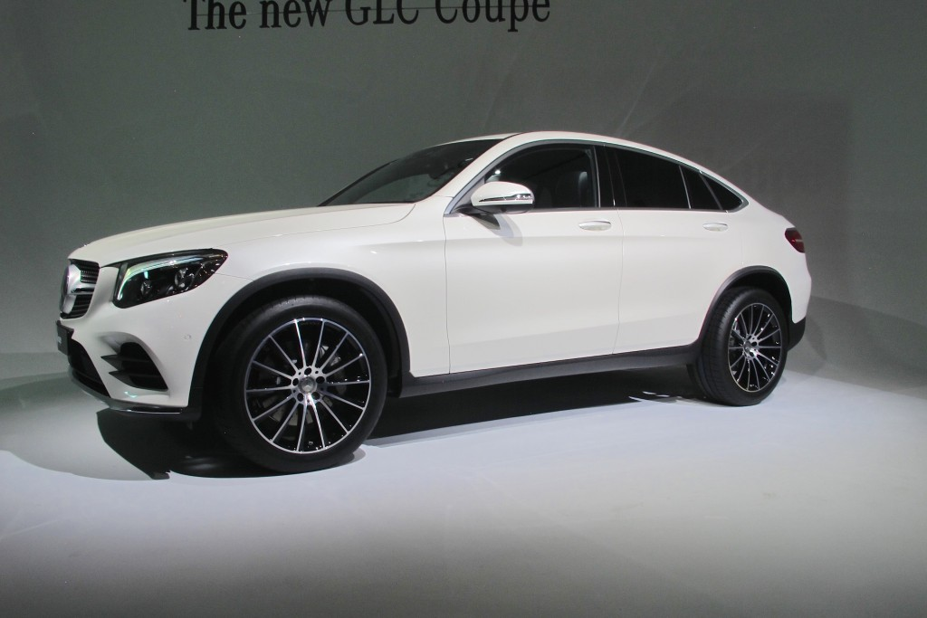 image 2017 mercedes benz glc coupe 2016 new york. Black Bedroom Furniture Sets. Home Design Ideas