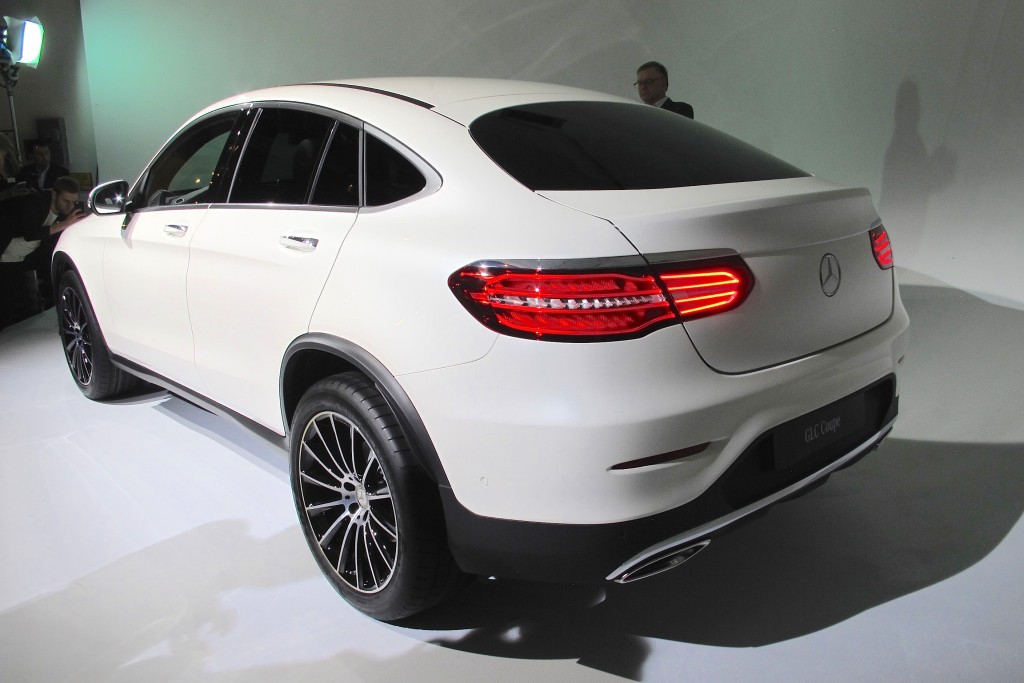 Image 2017 mercedes benz glc coupe 2016 new york for 2017 mercedes benz glc class