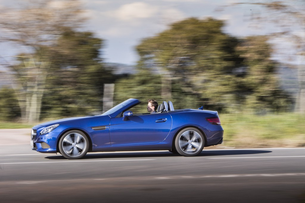 Image: 2020 Mercedes-Benz SLC300, size: 1024 x 682, type: gif, posted ...