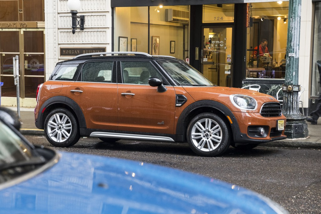 2018 mini cooper countryman review ratings specs prices and photos the car connection. Black Bedroom Furniture Sets. Home Design Ideas