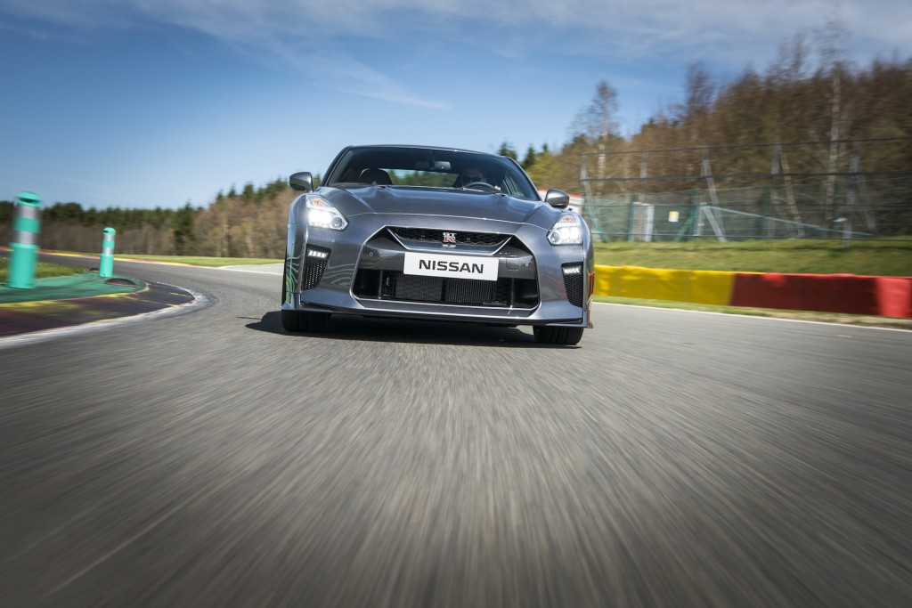 Image: 2017 Nissan GT-R, size: 1024 x 683, type: gif, posted on: June ...