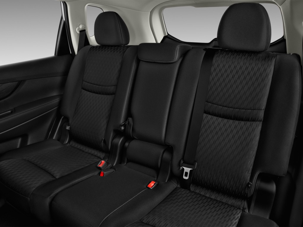 Image: 2017 Nissan Rogue FWD S Rear Seats, size: 1024 x ...