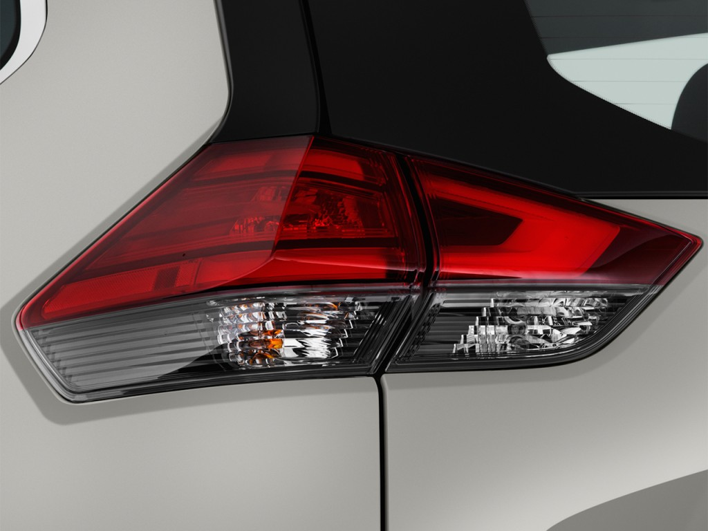 Image: 2017 Nissan Rogue FWD SL Hybrid Tail Light, size ...