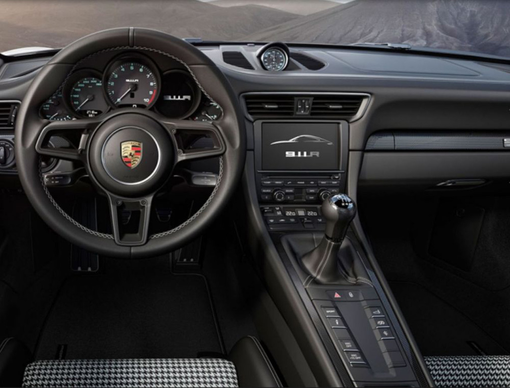 Stick Shift To Reappear On Next Porsche 911 Gt3