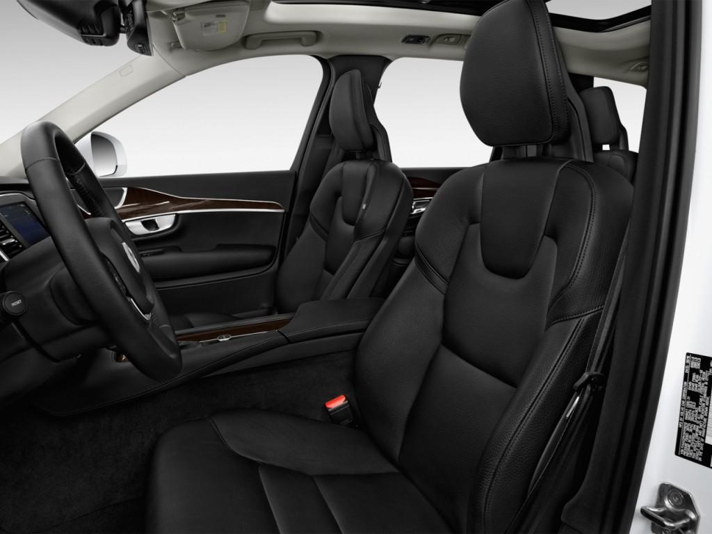 Image 2017 Volvo Xc90 T6 Awd 7 Passenger Momentum Front