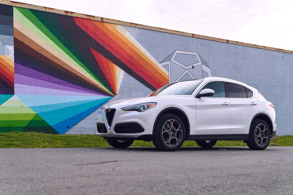 2018 Alfa Romeo Stelvio, 2018 VW Tiguan, JD Power quality study: What's New @ The Car Connection