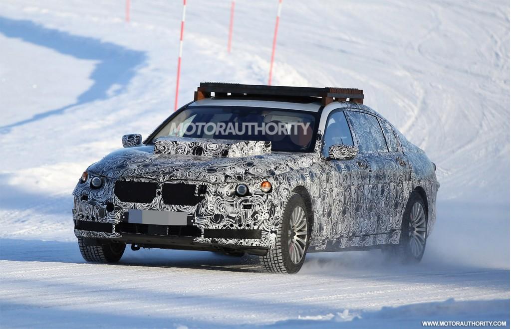 Image: 2019 BMW X7 test mule spy shots - Image via S. Baldauf/SB ...