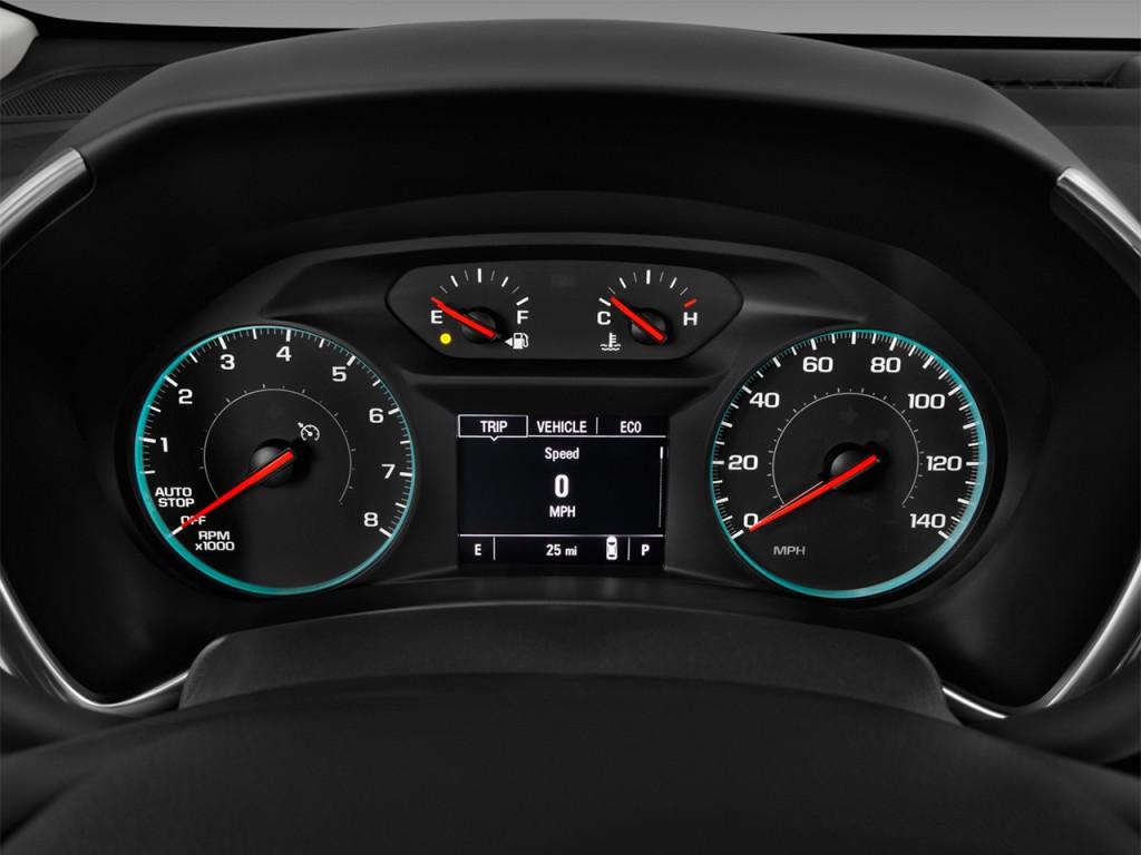 Image 2018 Chevrolet Equinox Fwd 4 Door Lt W 1lt