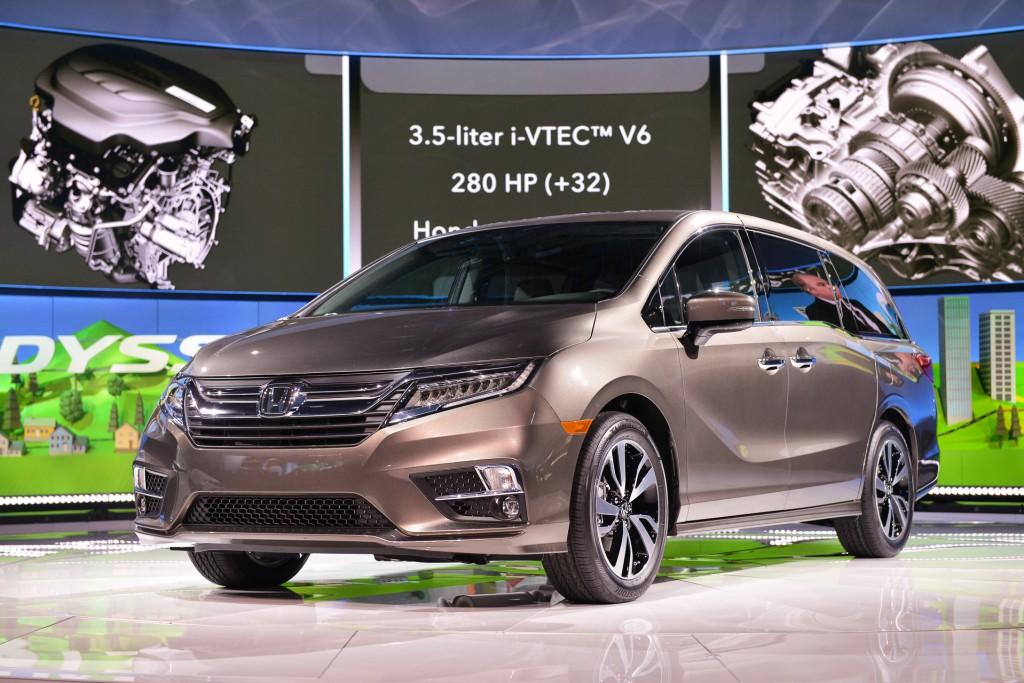 image 2018 honda odyssey 2017 detroit auto show size ForDetroit Auto Show Honda Odyssey