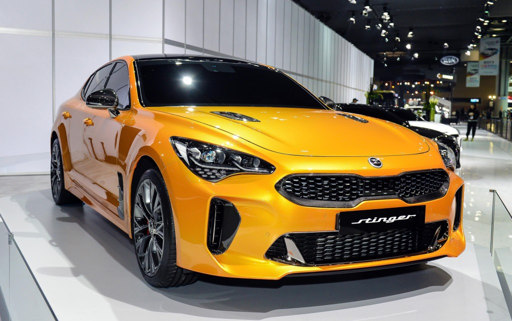 Image 2018 Kia Stinger 2017 Seoul Auto Show Size 1024 X 643 Type Gif Posted On March 30