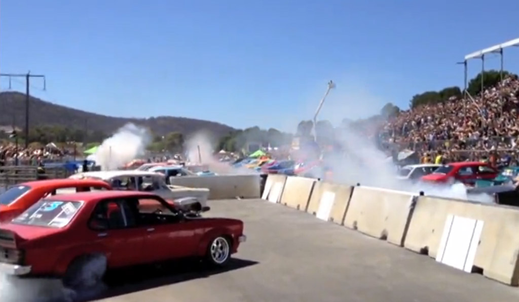 69 cars break world record at Summernats festivals in Canberra, Australia