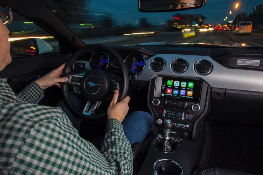Apple CarPlay On Ford's SYNC3