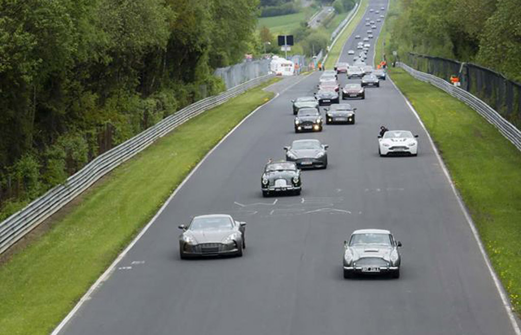 Moss Motors Bmw >> Daniel Craig Joins Sir Stirling Moss In Aston Martin Centenary Celebrations At The 'Ring