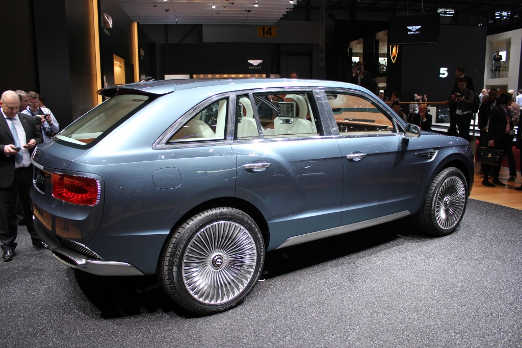Bentley EXP 9 F Concept live photos, 2012 Geneva Motor Show