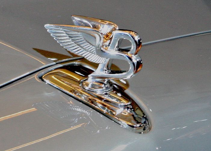Bentley Winged B