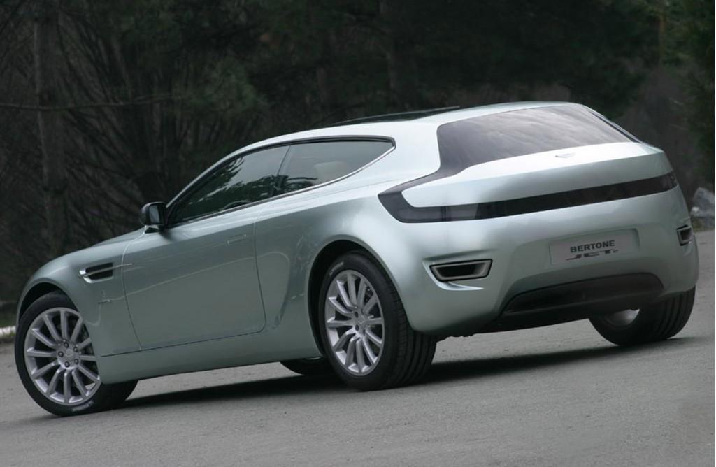 Bertone Jet 2 shooting brake concept based on the 2004 Aston Martin Vanquish