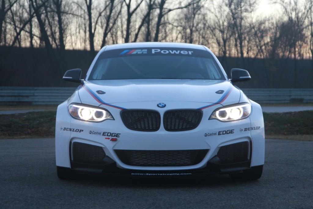 Image BMW M235i Racing size 1024 x 682 type gif posted on