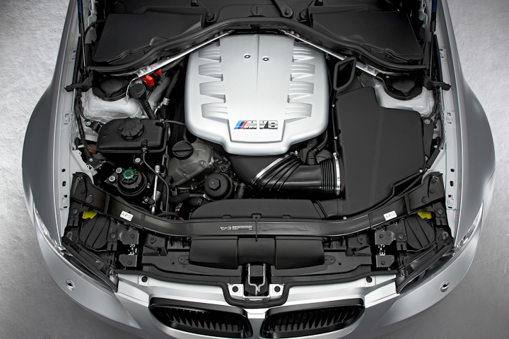 BMW M3 Carbon Racing Technology (CRT) Edition