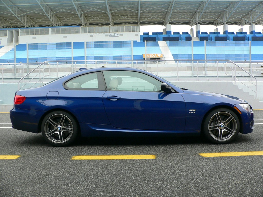 First Drive: 2011 BMW 335is Sings Out To Weekend Racers