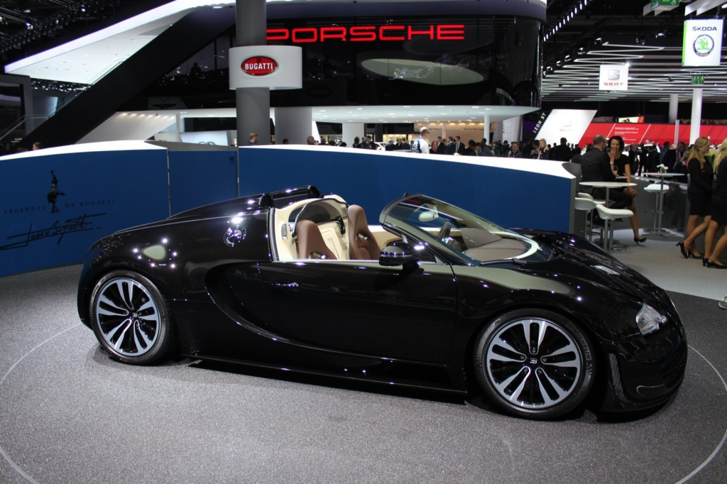 image bugatti legend jean bugatti veyron grand sport vitesse 2013 frankfurt motor show. Black Bedroom Furniture Sets. Home Design Ideas