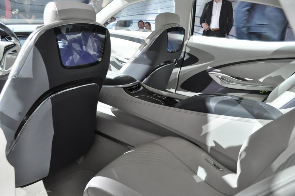 Image: Buick Avenir Concept Live Photos - 2015 Detroit ...