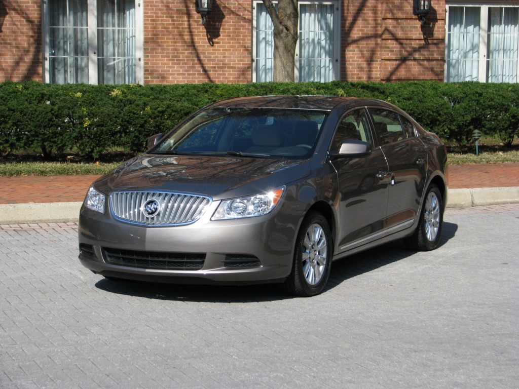 2011 buick lacrosse cxs review. Black Bedroom Furniture Sets. Home Design Ideas