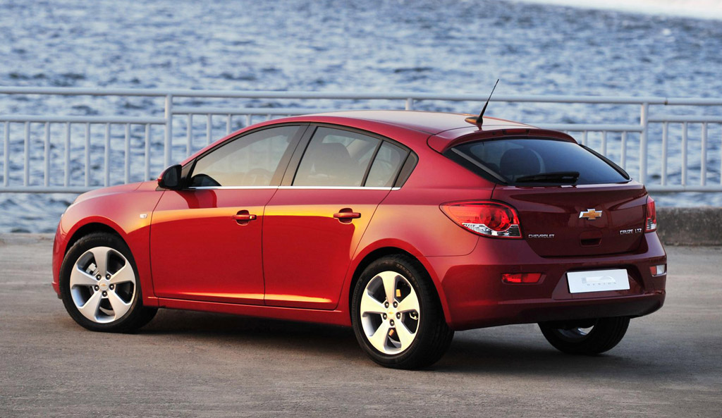 2016 Chevrolet Cruze To Be Shown This Week, Hatchback ...