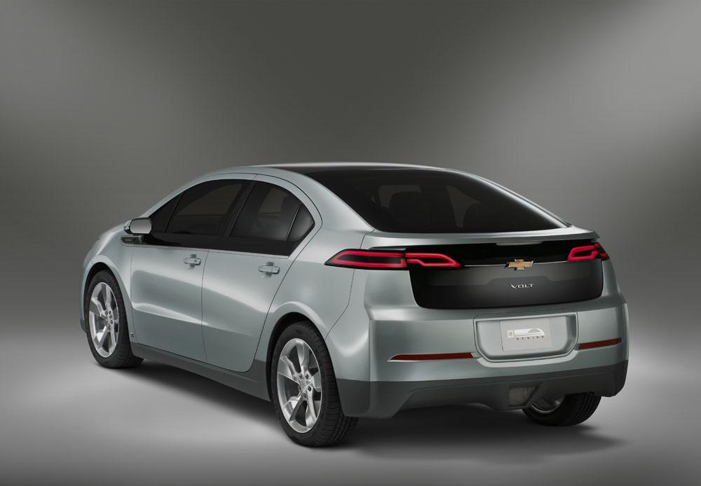 GM Asks For $2.6 Billion From DOE For Hybrid Program