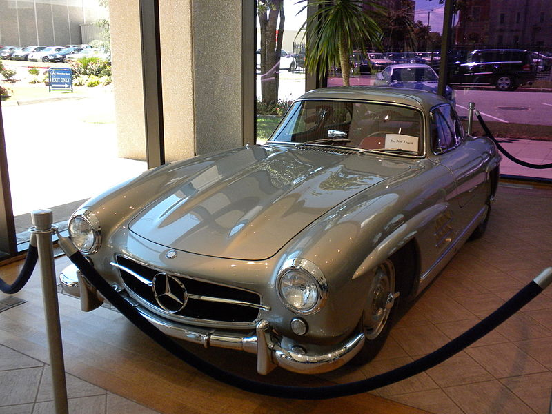 Clark Gable's 1955 Mercedes-Benz 300SL - Image: Wikipedia