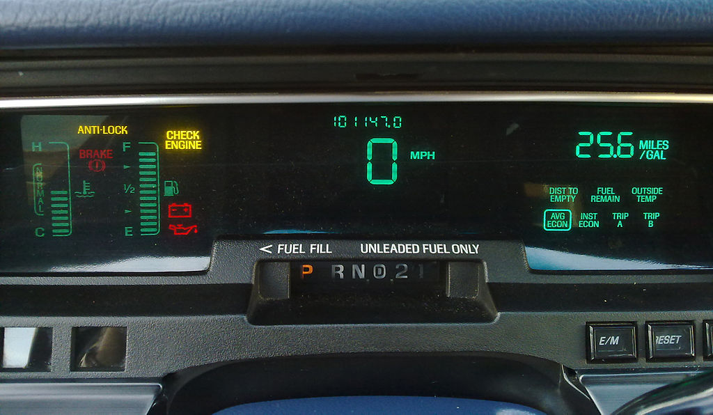 Digital dashboard cluster of a Mercury Grand Marquis (via Ruben de Rijcke)