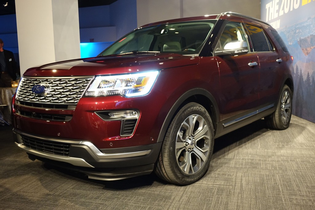 2018 ford explorer update squint to see the changes - Ford Explorer 2018