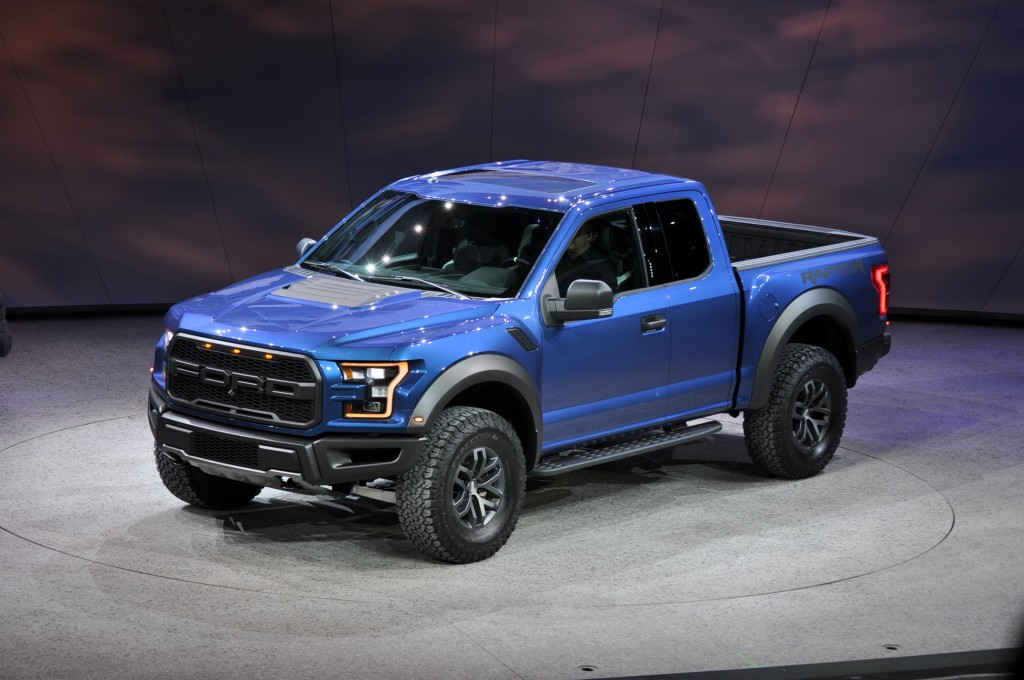 2017 ford f 150 raptor revealed with ecoboost v 6 and 10 speed auto - 2015 Ford F150 Raptor