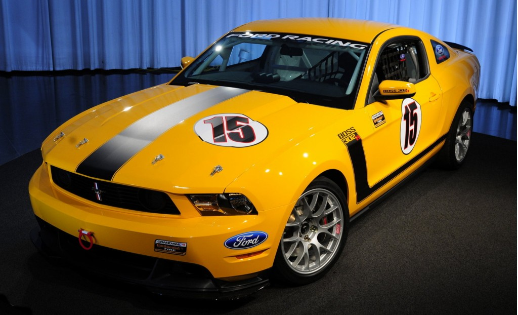 Ford Celebrates New V-8 With Mustang BOSS 302R Road Racer
