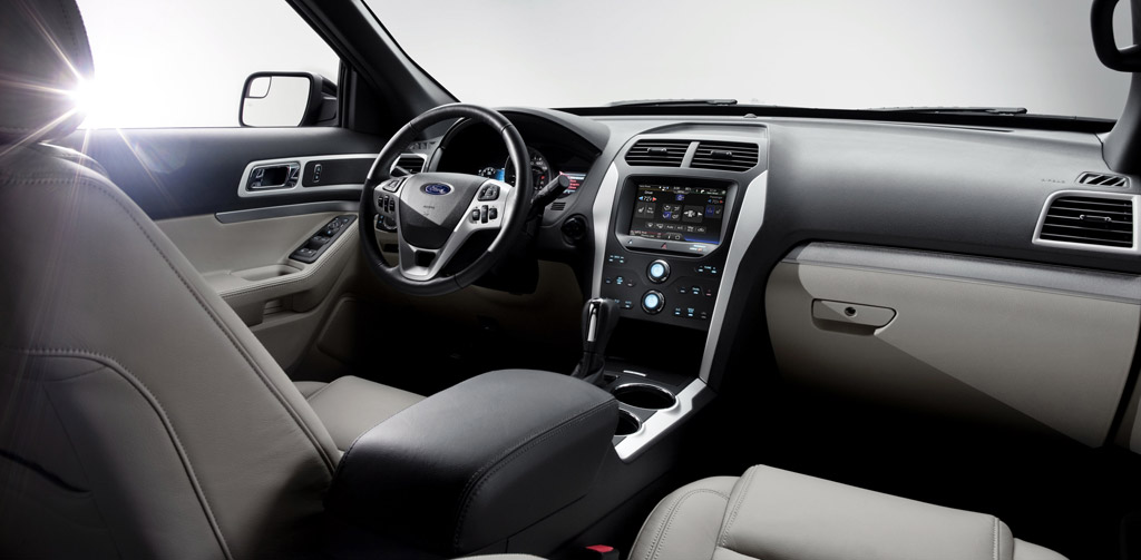 Video: A Detailed Look Inside the 2011 Ford Explorer
