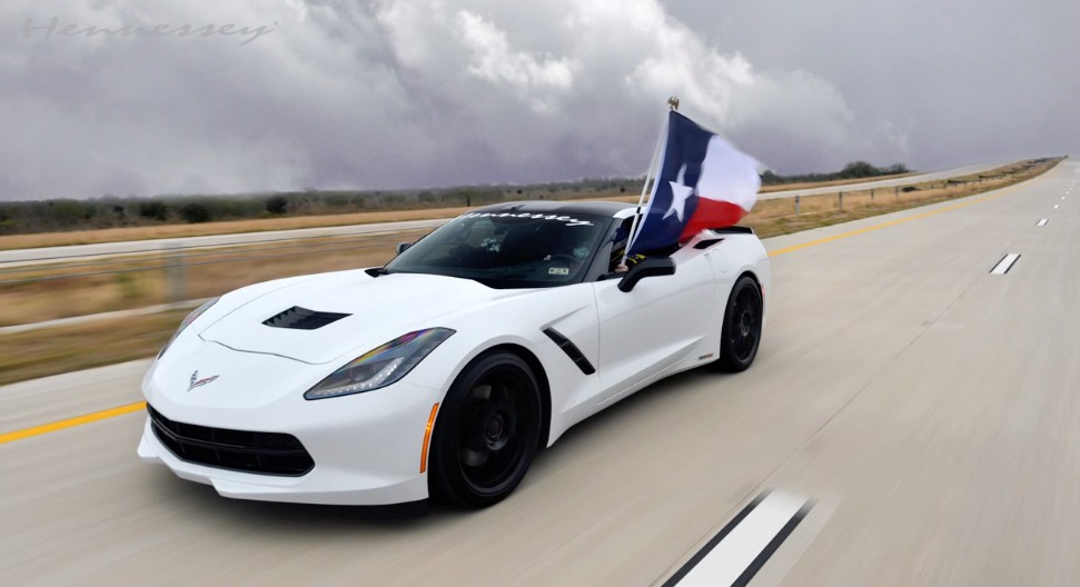 2018 Ford Raptor Motor >> Hennessey HPE600 Corvette Rips Down Texas Toll Road At 200 MPH: Video