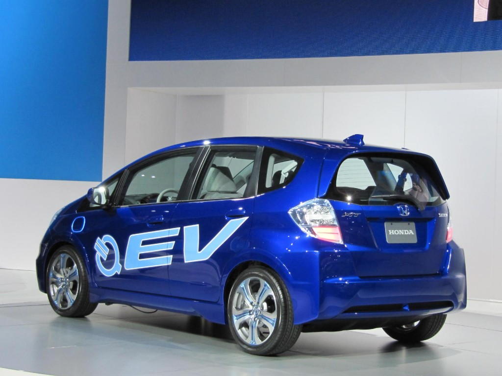 Image 2012 Honda Fit EV electric car concept launched at 2010