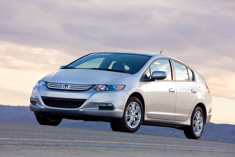 Honda Goes Greener, Porsche 'Ring Time, Saturn Says 'Bye': Today At High Gear Media