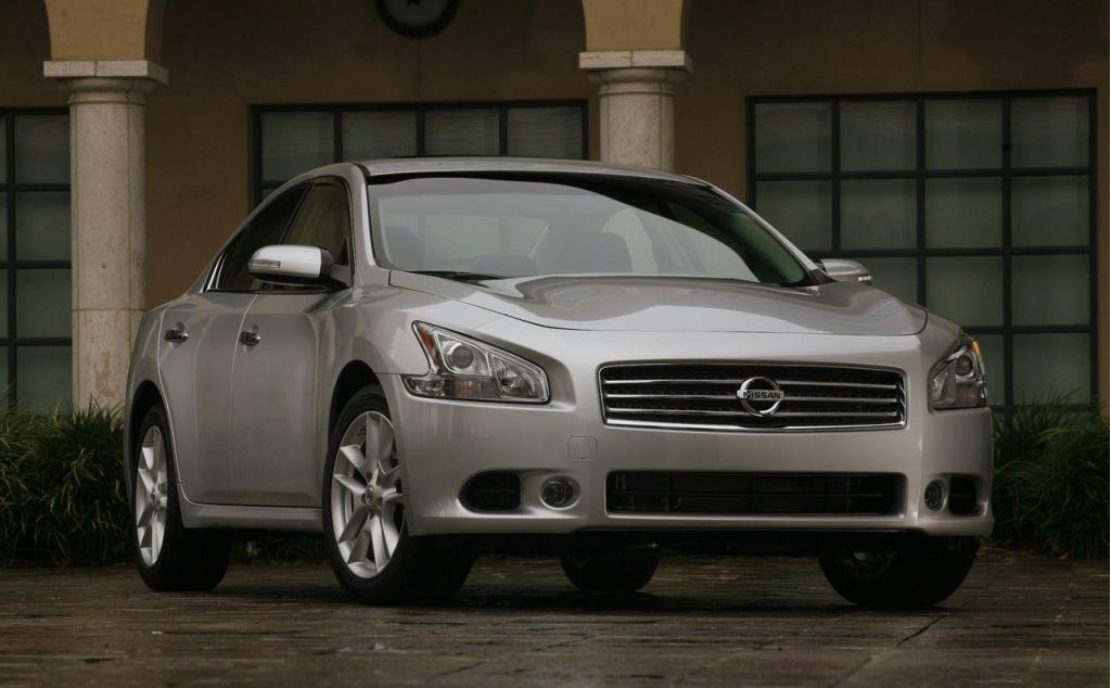 2009 Nissan Maxima, All Out There Now