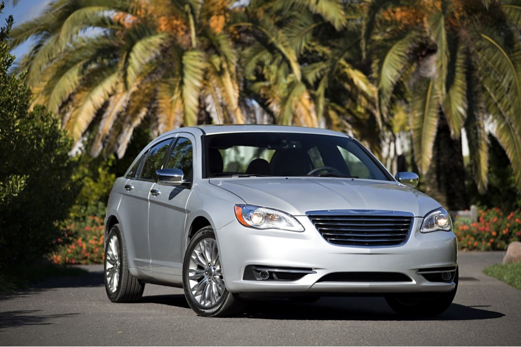 2012 Chrysler 200 sedan