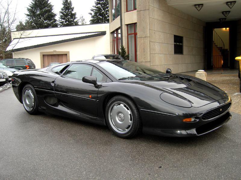 Flavio Briatore S Jaguar Xj220 Supercar Up For Sale