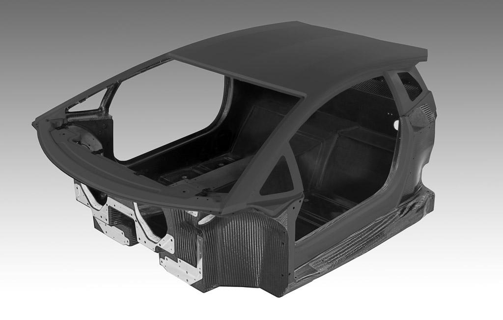Lamborghini Shows Off Aventador Lp 700 4 S Carbon Fiber Monocoque