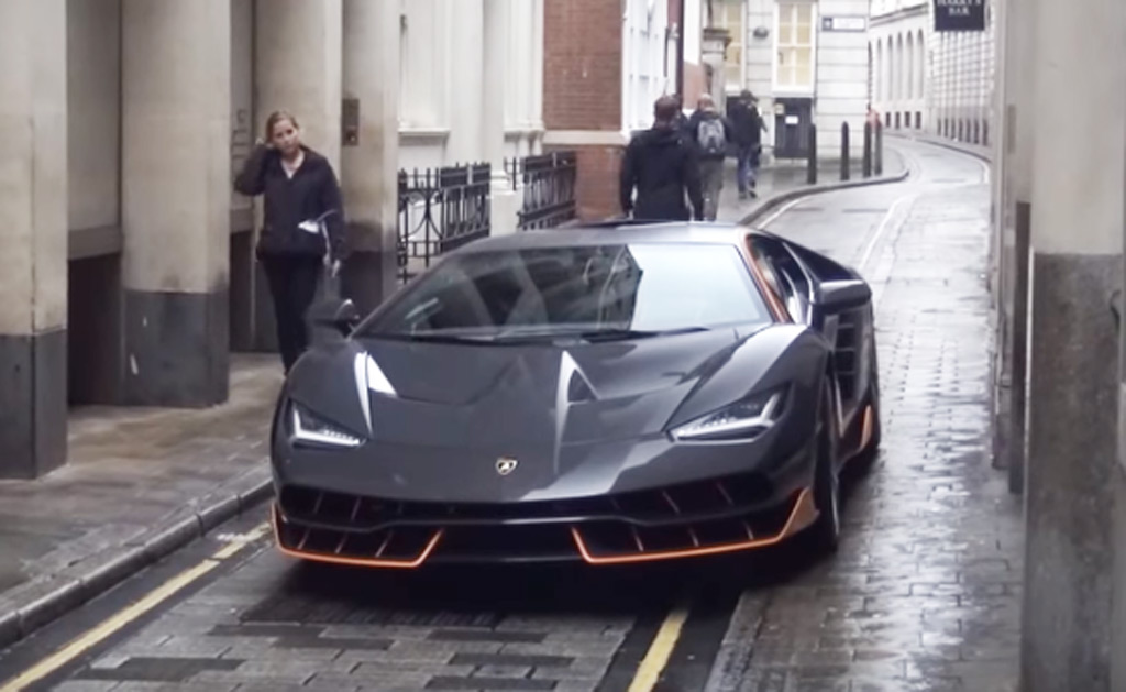 Transformers 5 cars spotted in London, including Lamborghini ...