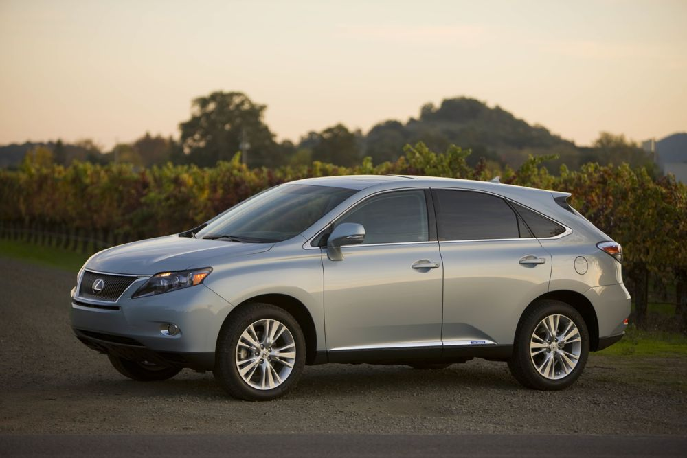 lexus rx450h luxury hybrid suv priced at 42 500. Black Bedroom Furniture Sets. Home Design Ideas