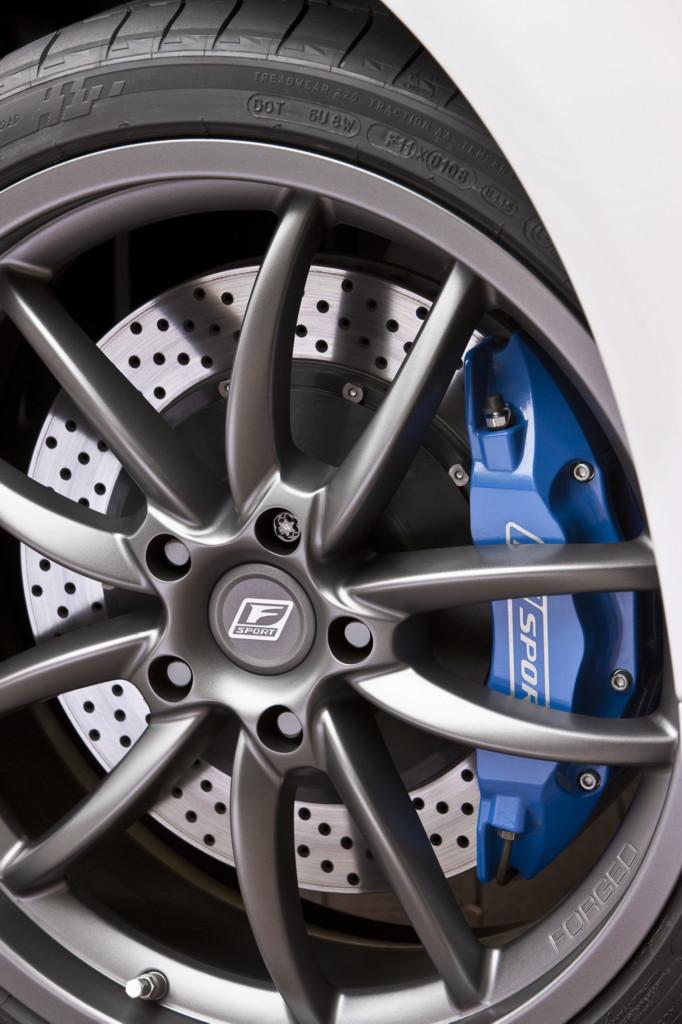 2010 Lexus IS C F Sport accessories