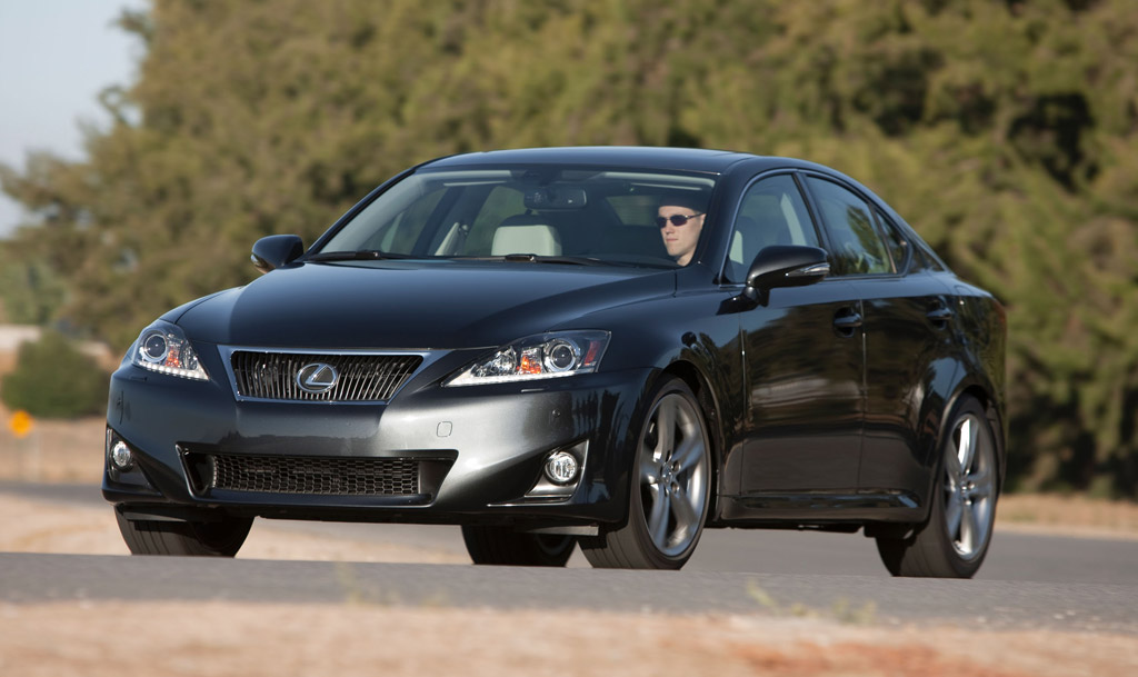 2012 Lexus IS Stays The Course