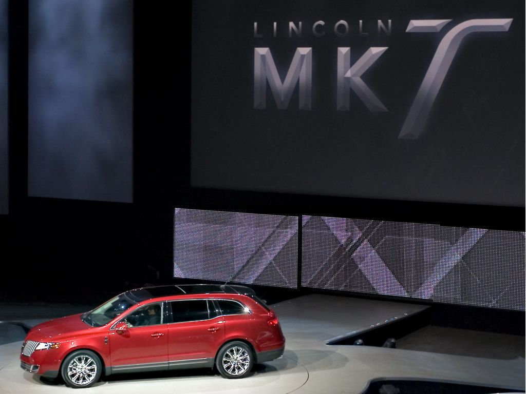 Lincoln MKT Reveal - Detroit