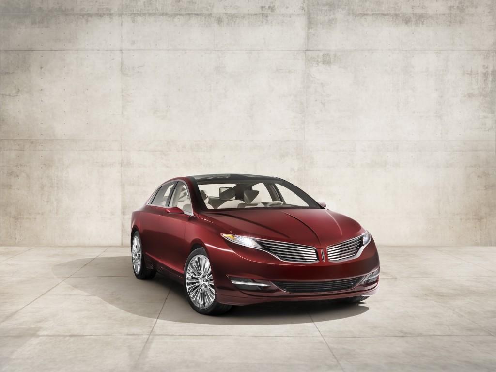 2013 Lincoln MKZ Preview: 2012 Detroit Auto Show Live Photos