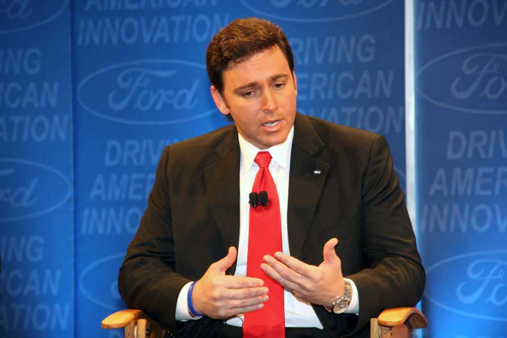 Ford Ceo Mark Fields Out Self Driving Car Boss Taking Over